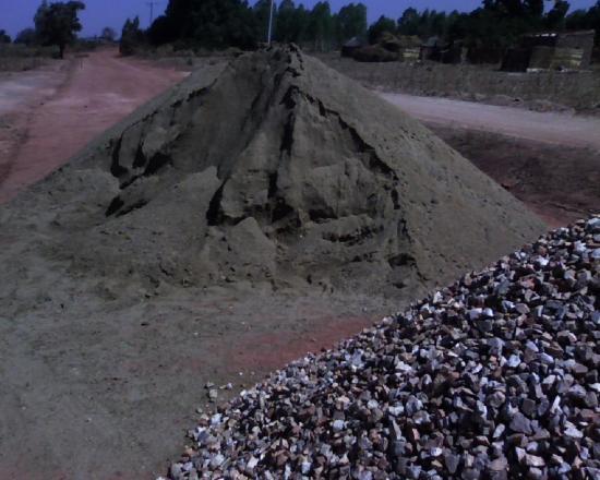 Construction d'un radier: marériaux; le sable et le quartz