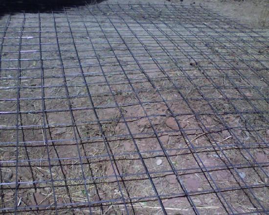 Construction d'un radier: ferraillage avec des mailles de 20*20