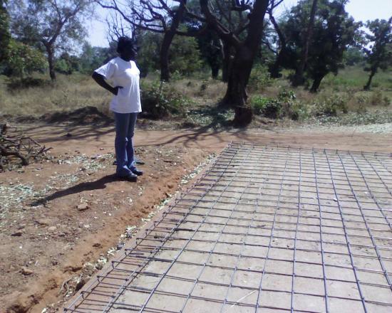 Construction d'un radier: une collègue; elle s'appelle Nadège
