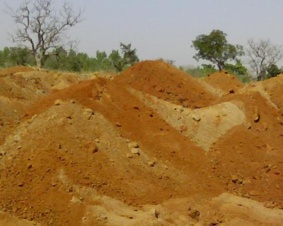 Photos de chantier:gerbage de materiaux latéritiques
