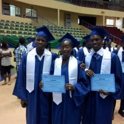 Des heureux camarades, le Beninois OKE Ifèdè Michel, la Burkinabé KABORE Nadège, et l'Ivoirien Cissé